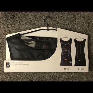 LITTLE BLACK DRESS X-LG HANGING JEWELRY ORGANIZER